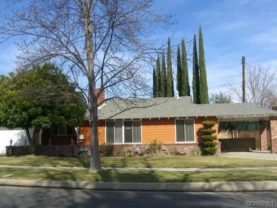5736 Radford Ave, North Hollywood, CA 91607