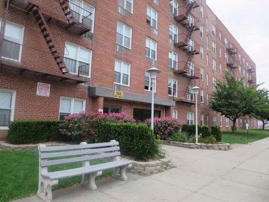 30 Ebbitts St APT 2A, Staten Island, NY 10306