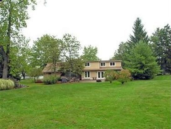 3056 Bremerton Rd, Pepper Pike, OH 44124
