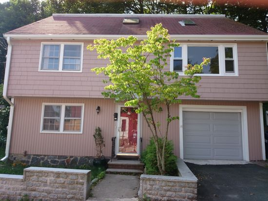 12 Platt Rd, Boston, MA 02135
