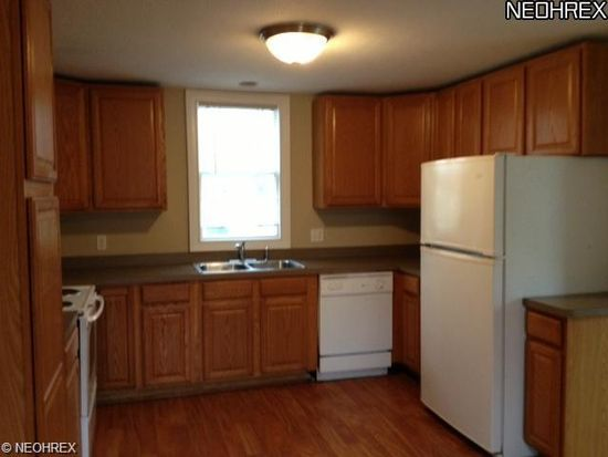 3429 Center Rd, Perry, OH 44081
