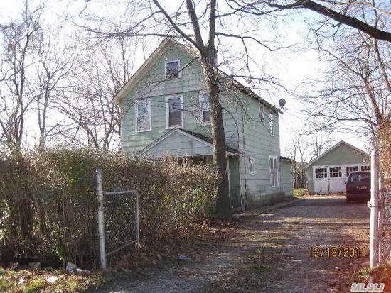 37 Laurel Ave, Hempstead, NY 11550