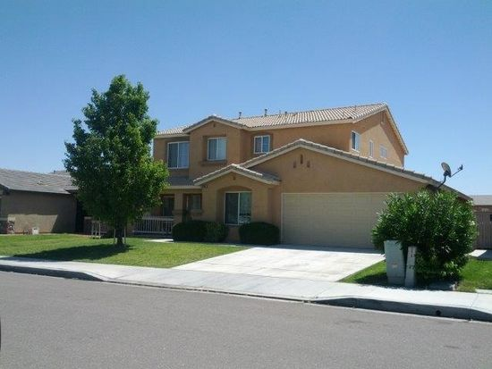 13605 Fox Point Rd, Victorville, CA 92392