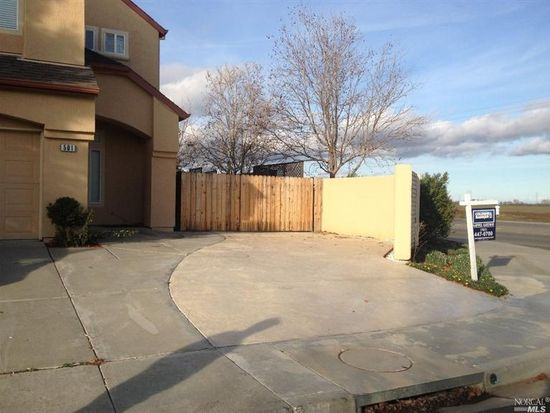 501 Chateau Way, Vacaville, CA 95687