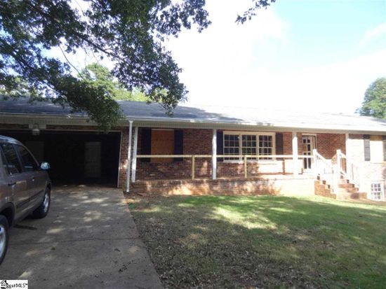 220 E Belvedere Rd, Greenville, SC 29605