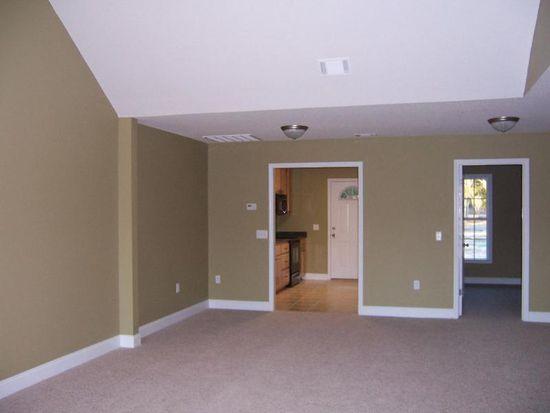 100 Lakeview Commons Dr, Statesboro, GA 30461