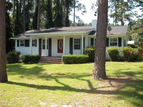 204 S Anderson Dr, Swainsboro, GA 30401