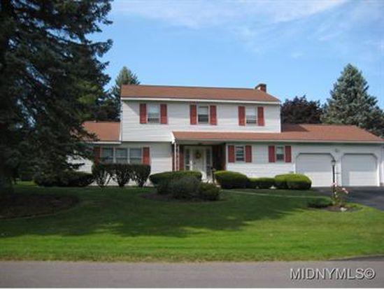 16 Woodstream Ct, New Hartford, NY 13413