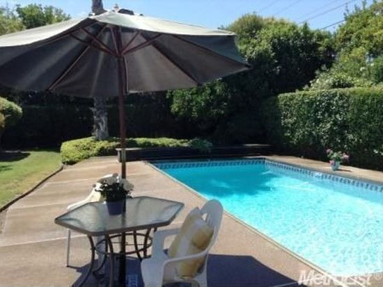 1208 Midway Dr, Woodland, CA 95695