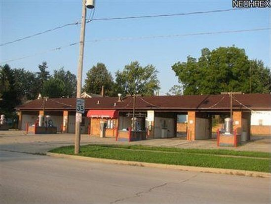 827 Middle Ave, Elyria, OH 44035