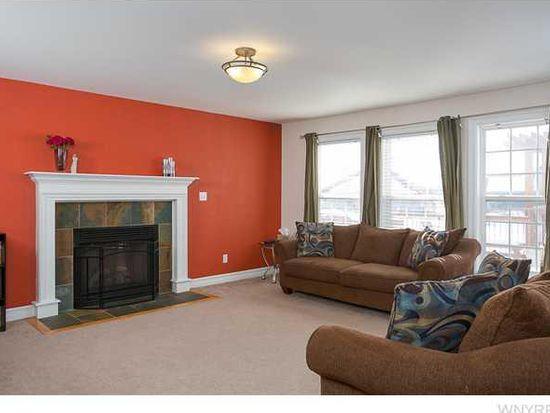 2506 Ferchen St, Niagara Falls, NY 14304