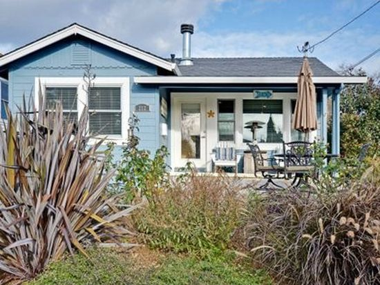 212 Central Ave, Capitola, CA 95010