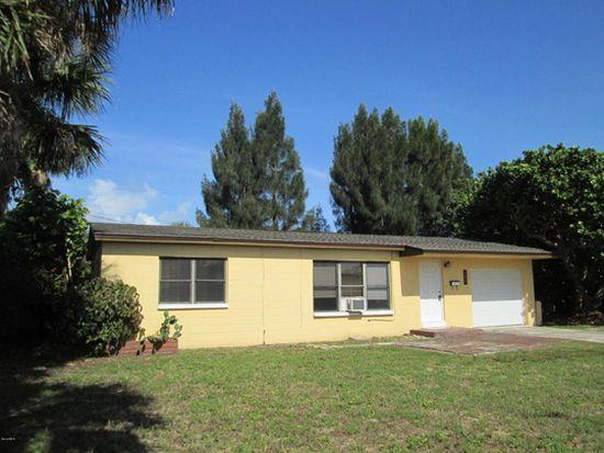 700 Pelican Dr, Satellite Beach, FL 32937