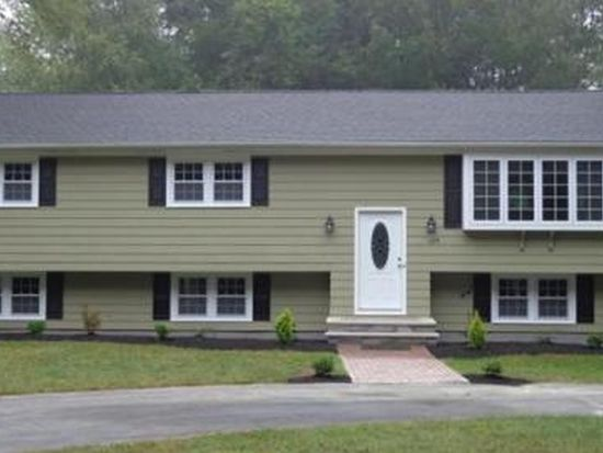 478 Fairview Ave, Rehoboth, MA 02769