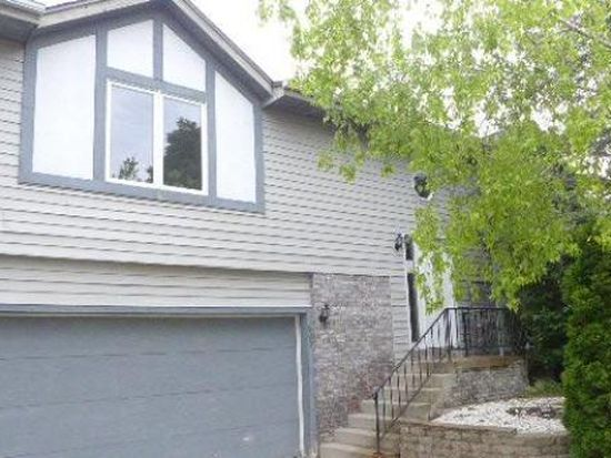 800 Shepherds Dr, West Bend, WI 53090