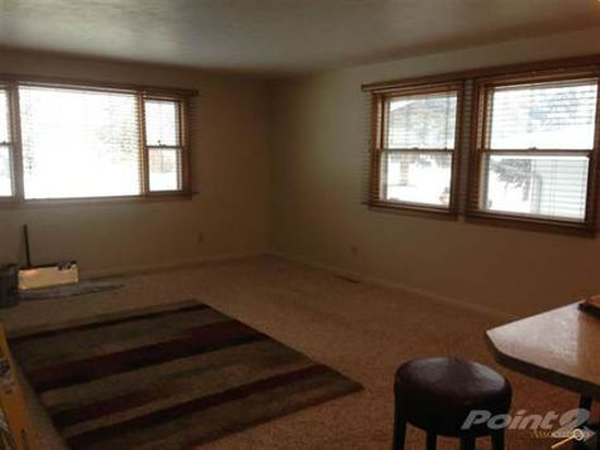 2708 Northbrook Dr, Rapid City, SD 57702