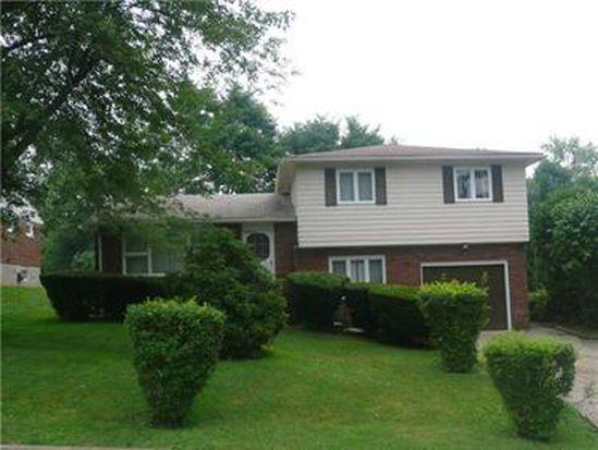 31 Beechwood Ave, Wheatland, PA 16161