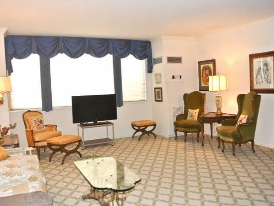 27010 Grand Central Pkwy APT 1T, Floral Park, NY 11005