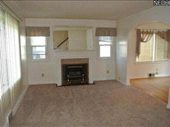 422 Clinton Ave, Akron, OH 44301