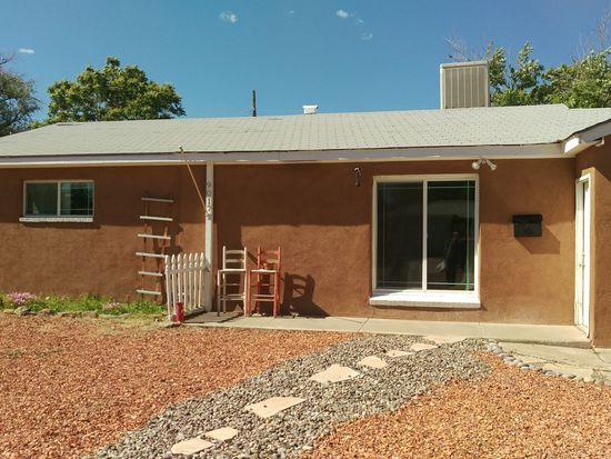 9017 Phoenix Ave NE, Albuquerque, NM 87112