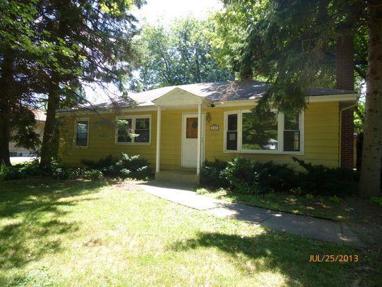 830 Parkside Rd, Naperville, IL 60540