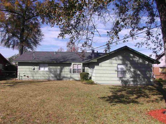 1833 W Decker Ave, Orange, TX 77632
