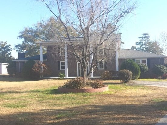 201 Pleasant Grove Rd, Pickens, SC 29671