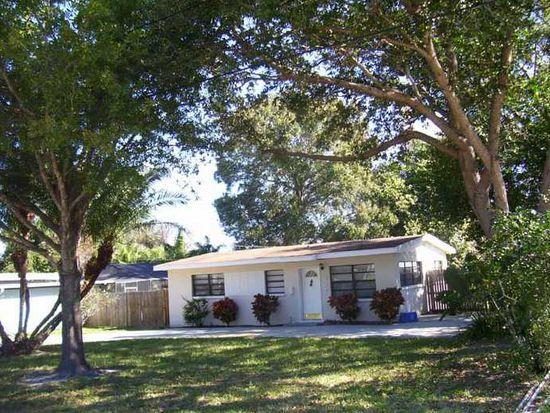 327 Barbara Cir, Belleair, FL 33756