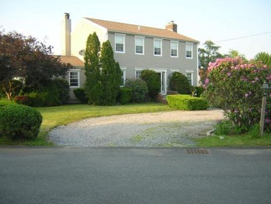 23 Welcome St, Fairhaven, MA 02719