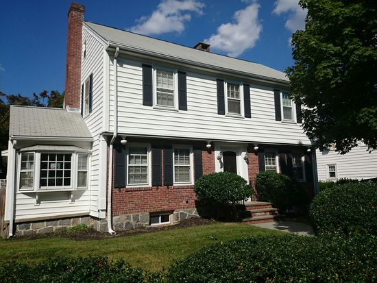27 Glenburnie Rd, West Roxbury, MA 02132