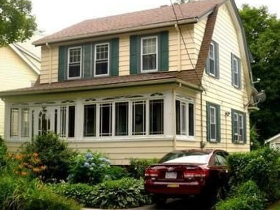 10 Fairview Ave, Peabody, MA 01960