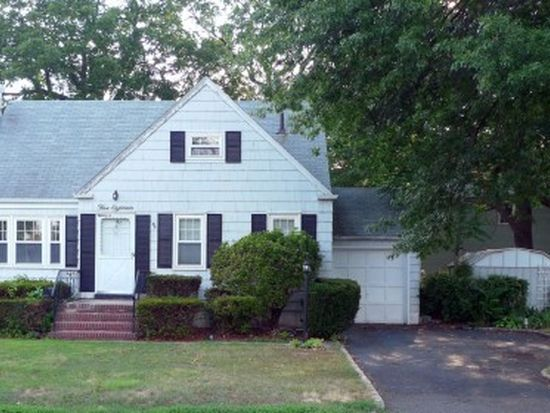 518 Whitewood Rd, Union, NJ 07083