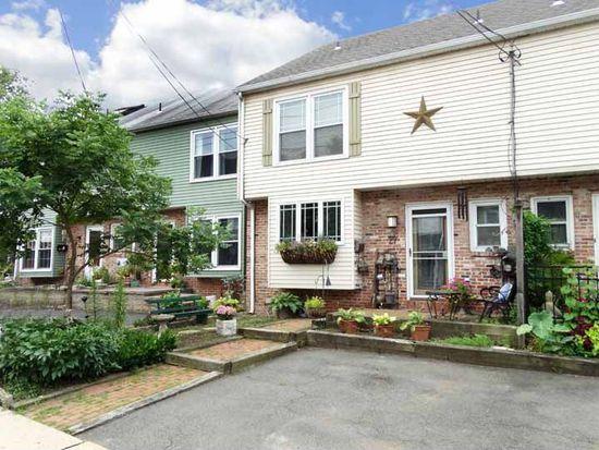 27 Wilson St, Lambertville, NJ 08530