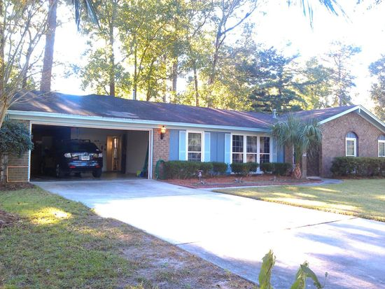 701 Birchwood Rd, Savannah, GA 31419