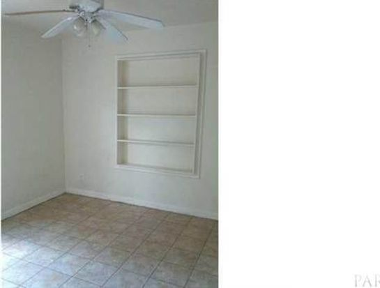 102 Ruberia Ave, Pensacola, FL 32507