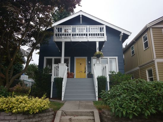 2115 41st Ave SW, Seattle, WA 98116