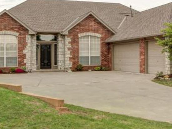 3221 Riverwalk Dr, Norman, OK 73072