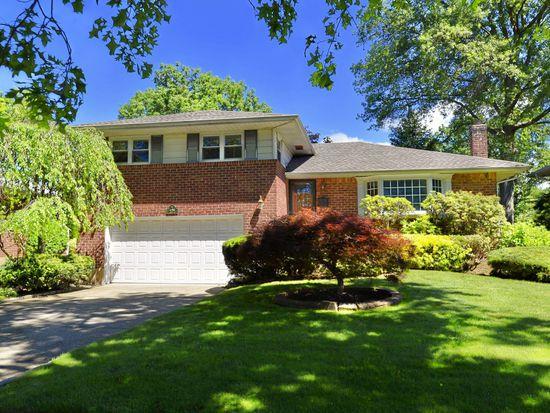458 Garden Blvd, Garden City, NY 11530