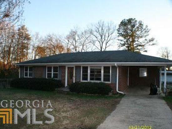 92 Bell St, Hartwell, GA 30643