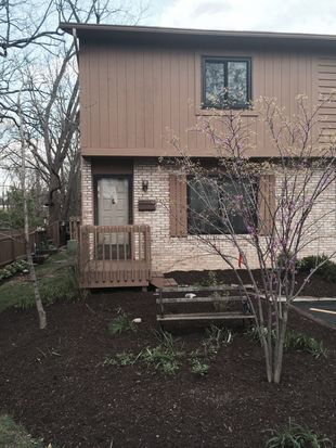 97 David Sq, Westerville, OH 43081