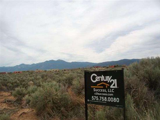 57-A Camino De Los Arroyos, Ranchos De Taos, NM 87557