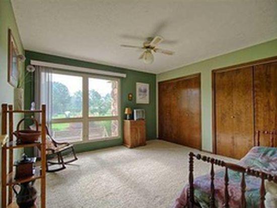 7625 Pine Ridge Ct, New Albany, OH 43054
