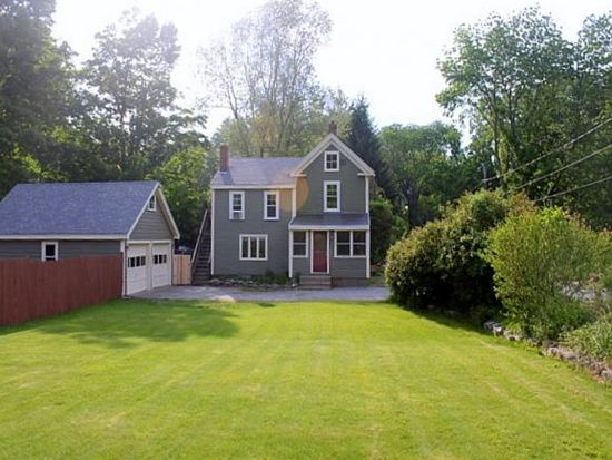 10 Heath St, Newton, NH 03858