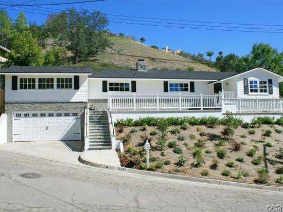 22438 Sentar Rd, Woodland Hills, CA 91364