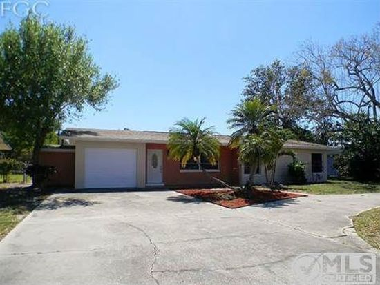 2142 Crystal Dr, Fort Myers, FL 33907