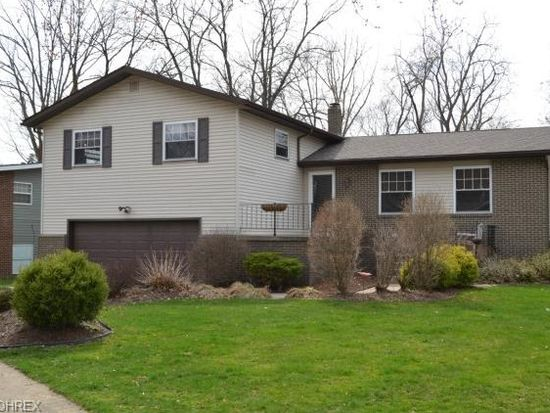 338 Woodlawn Reserve Rd, Akron, OH 44305