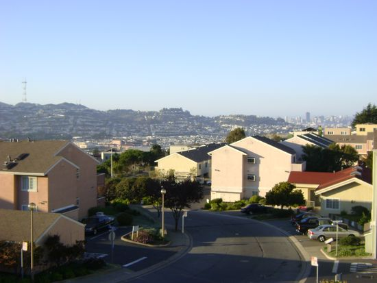 1011 San Gabriel Cir UNIT 519, Daly City, CA 94014
