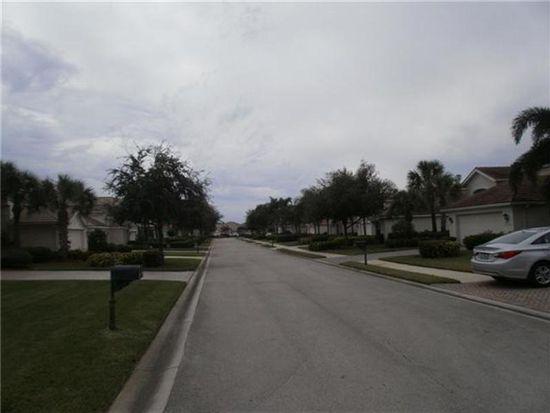 9021 Shadow Glen Way, Fort Myers, FL 33913