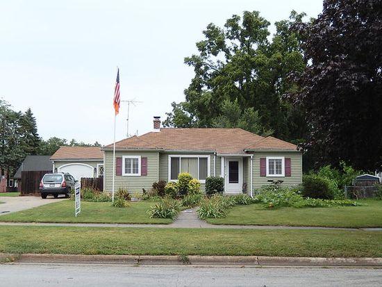 471 E Exchange St, Sycamore, IL 60178