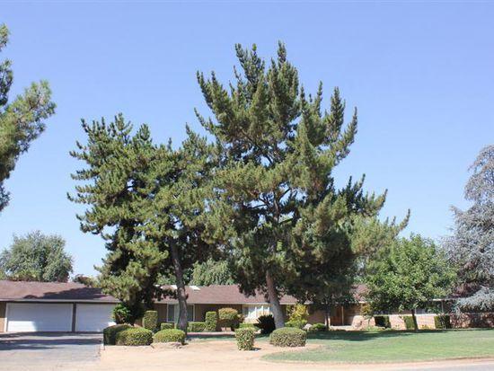7405 N Paula Ave, Clovis, CA 93611